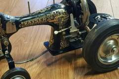 Sewing machine tractors - COLNIC Design